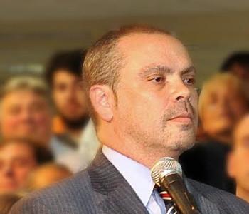 Arq. Fernando Lorenzo.